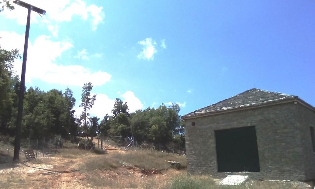 ΚΤΙΡΙΟ ΒΙΟΛΟΓΙΚΟΥ-ΚΟΛΩΝΕΣ ΔΕΗ