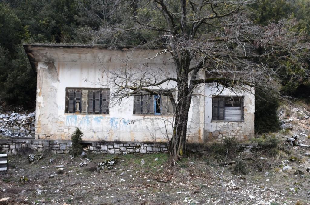 ΚΤΙΡΙΟ ΔΑΣΑΡΧΕΙΟΥ-ΔΙΑΣΤΑΥΡΩΣΗ ΑΓ. ΑΘΑΝΑΣΙΟΣ